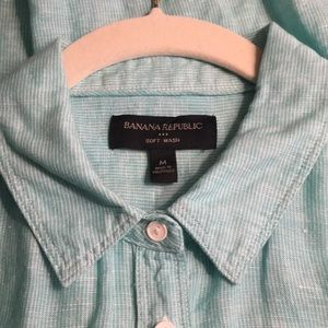 Banana republic button down blouse, size M